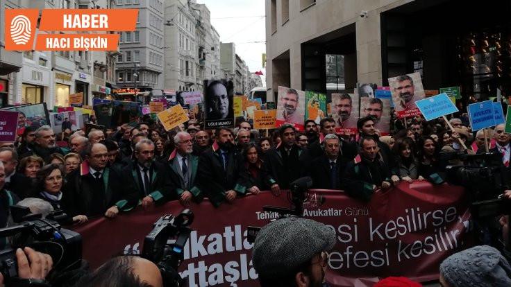 Avukatlar İstanbul'da yürüdü: Tehlikedeyiz!