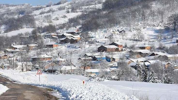 93 seçmenli köyde 6 muhtar adayı