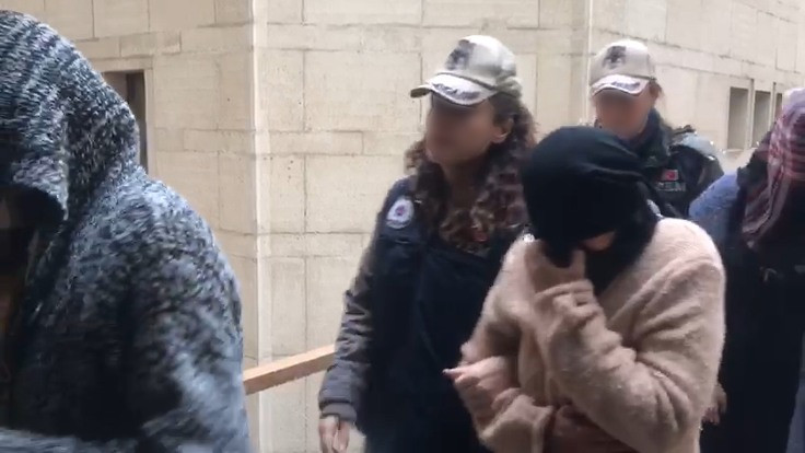 Interpol'ün aradığı IŞİD şüphelileri adliyeye sevk edildi