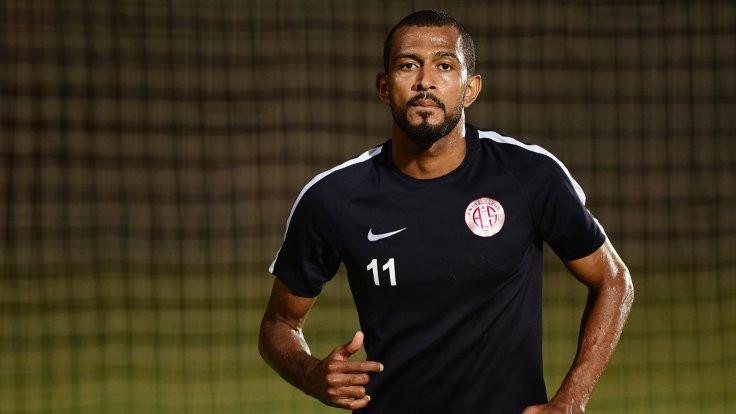 Maicon Marques'in sözleşmesi karşılıklı olarak feshedildi