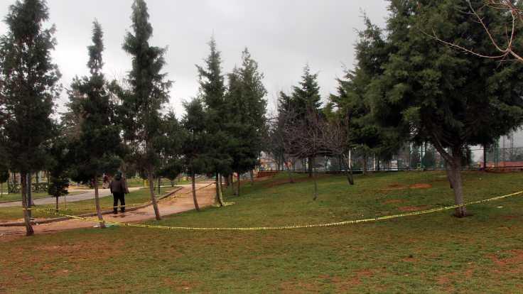 Parkta bebek cesedi bulundu