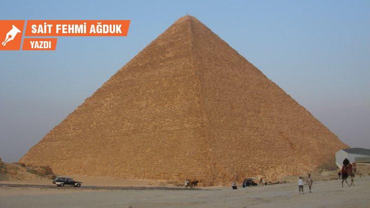 Hayat geçer Mısır kalır