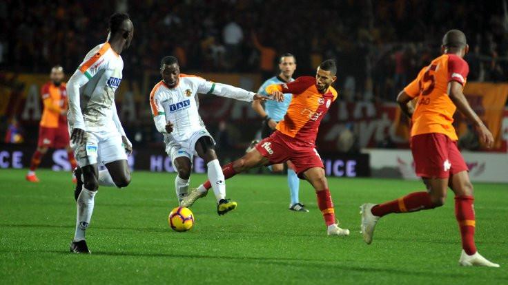 Galatasaray Alanya'da 2 puan bıraktı