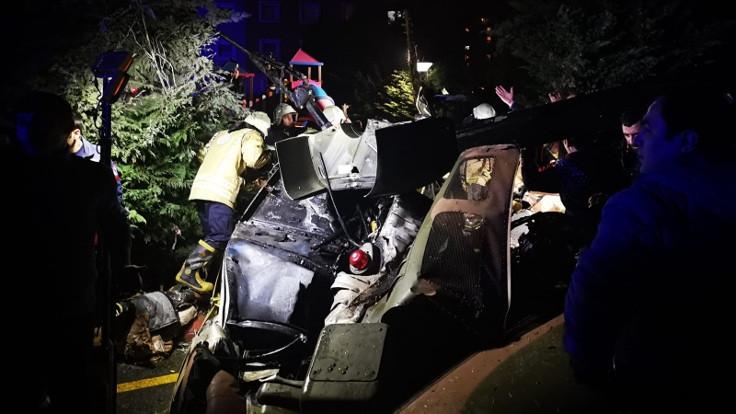 Askeri helikopter düştü: 4 asker hayatını kaybetti