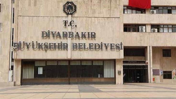 HDP'den Diyarbakır tepkisi: Kayyım gidecek diye darbe yapıyorlar