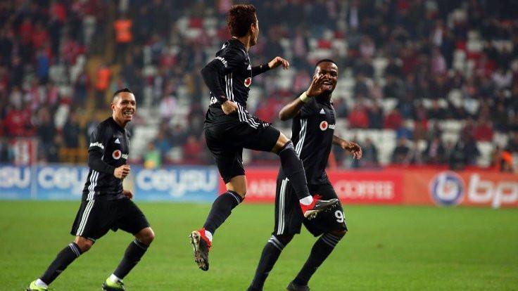 8 gollü maçta kazanan Beşiktaş