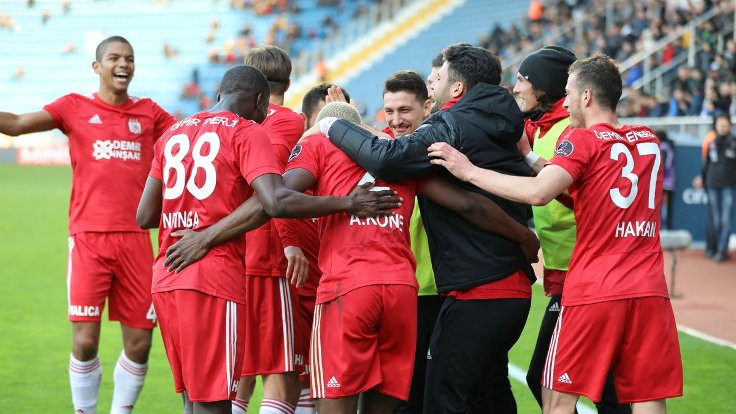 Sivasspor deplasmanda kazandı