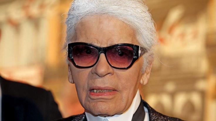 Modacı Karl Lagerfeld hayata veda etti