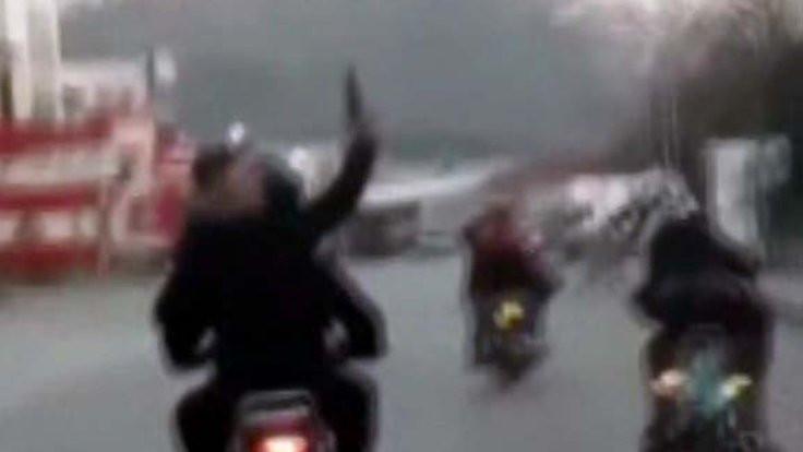 Motosikletten ateş açtı
