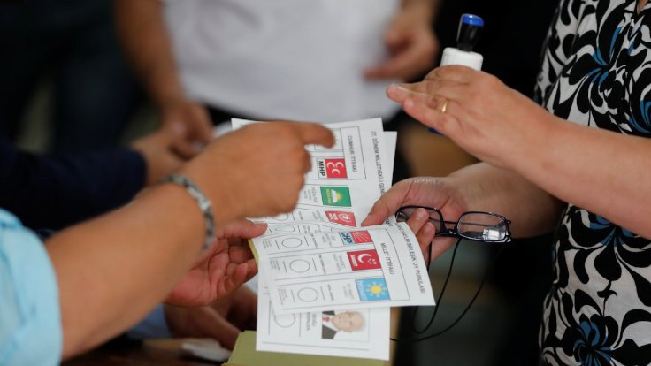 2'si büyükşehir 6 il için son seçim anketi