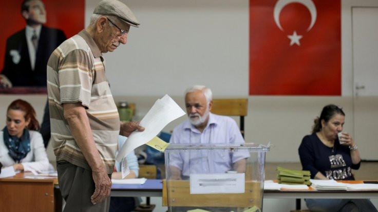 AK Parti'nin anketinden CHP çıktı!