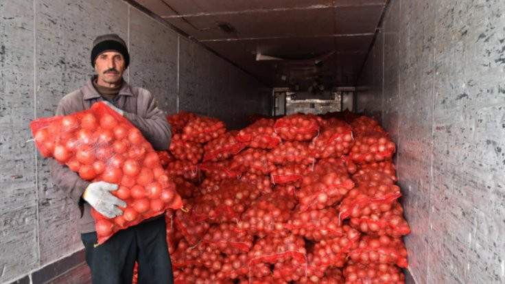İran soğanları satışta: Yerlisi 5, ithali 4 lira!
