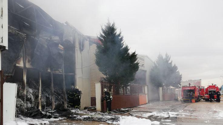 Gaziantep'te ambalaj fabrikasında yangın