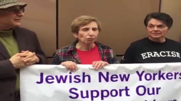 Yahudiler ve Hıristiyanlar, Müslümanları karşıladı