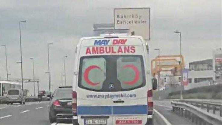 Ambulansa yol vermeyen sürücü: Sinirlendim