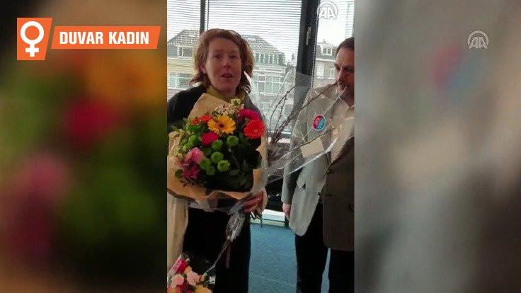 Yeni Zelandalı kadın camiye giderek özür diledi
