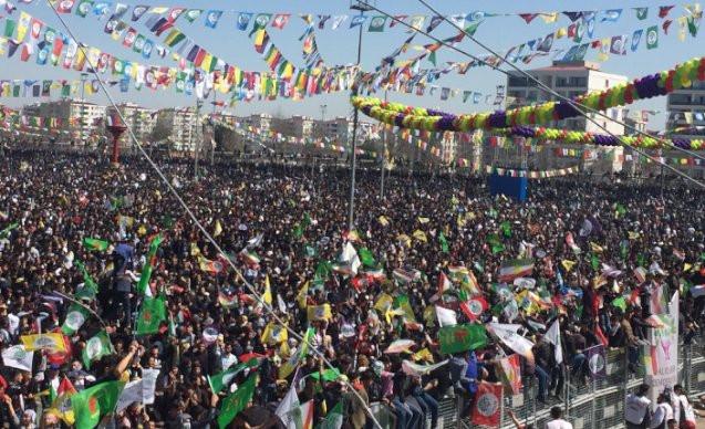 Newroz'un ertelenip ertelenmeyeceği tartışılıyor