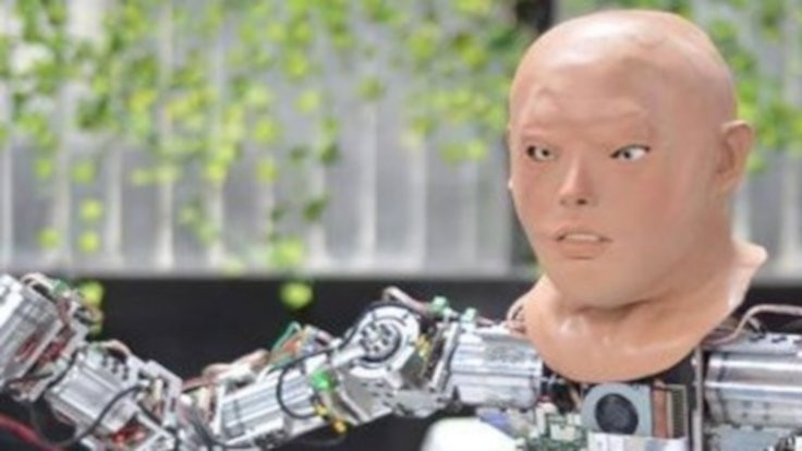 İnsansı robota yüz eklendi