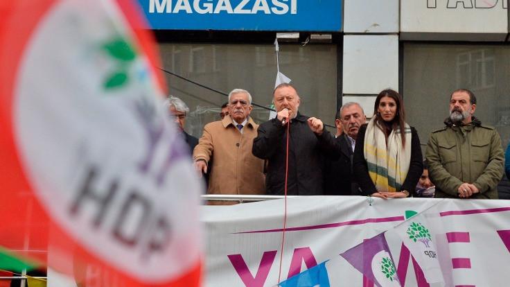 'Kürt bile değil diyerek Kürtlere hakaret ediyor'