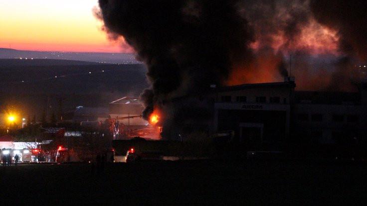 Kimya fabrikasındaki yangın kontrol altına alındı