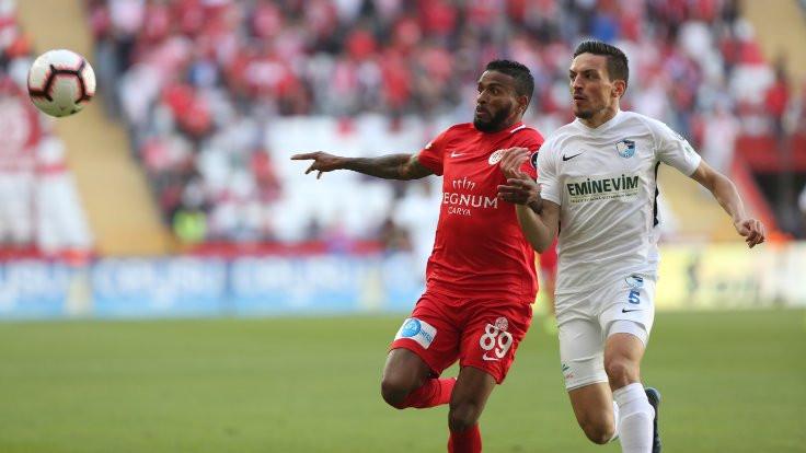 Antalya'da goller VAR'la geldi