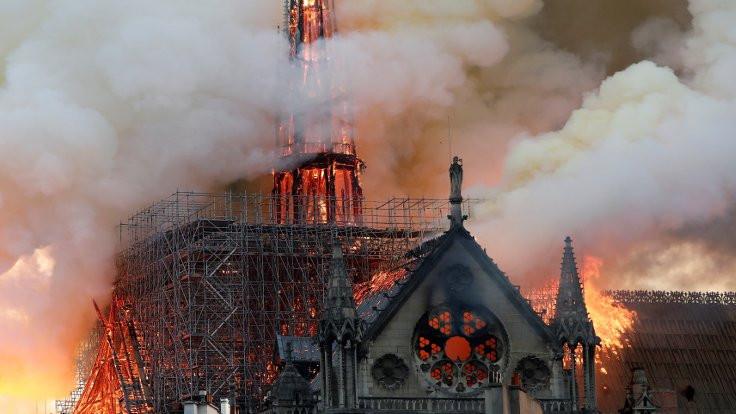 Bir Gotik efsane: Notre Dame - Sayfa 4