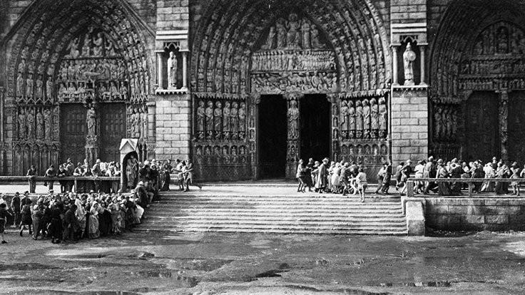 10 filmde Notre Dame