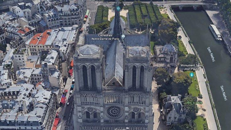 Yangından sonra Notre Dame... - Sayfa 3