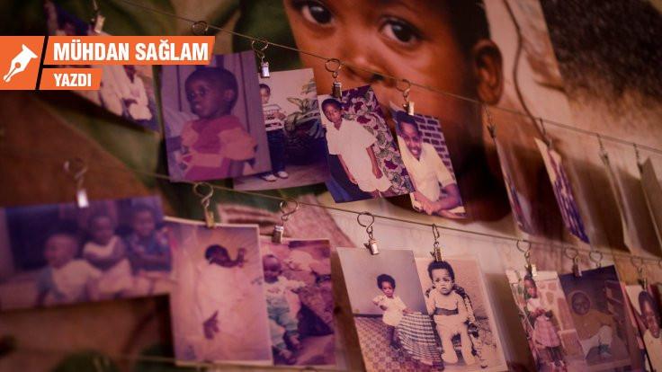 Kapılar kilitli gözler kör: Ruanda Soykırımı