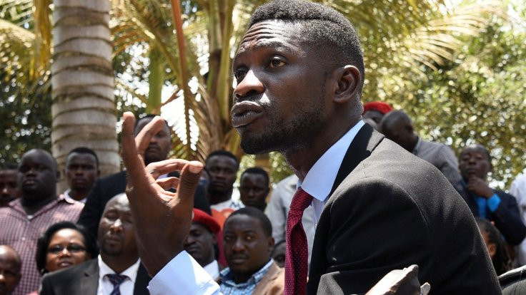 Uganda'da muhalefet liderine polis saldırısı