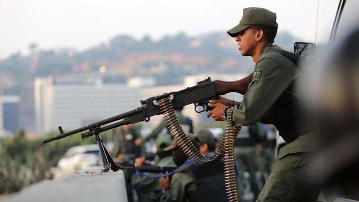 Rusya'dan Venezuela açıklaması:Şiddetten vazgeçme çağrısı yapıyoruz