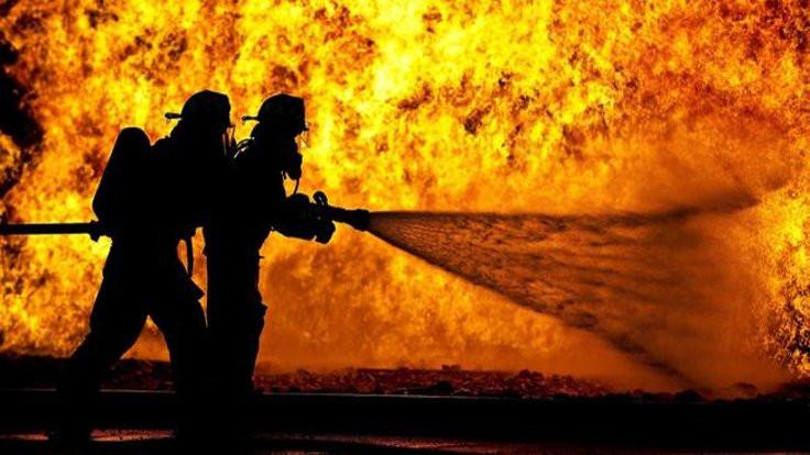 Esenyurt'ta yangın: Mahsur kalanlar var