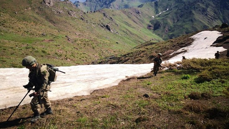 Pençe Harekatı'nda 2 asker hayatını kaybetti