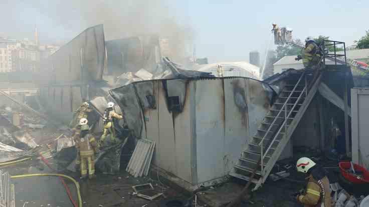 İşçi barakalarında yangın