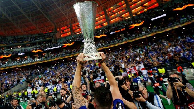 Chelsea rekorla şampiyon oldu