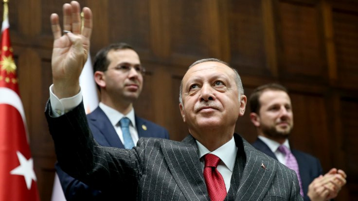 'AK Parti İstanbul'da kırmızı çizgiyi aştı'