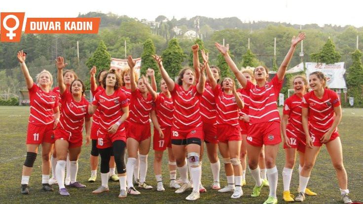Kadın ragbi lig oyuncuları: Burada tarih yazdık