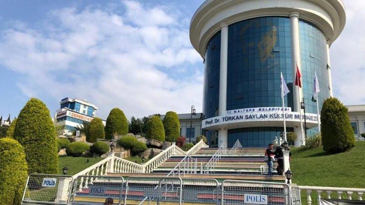 YSK, Maltepe'de seçim merkezini değiştirmedi
