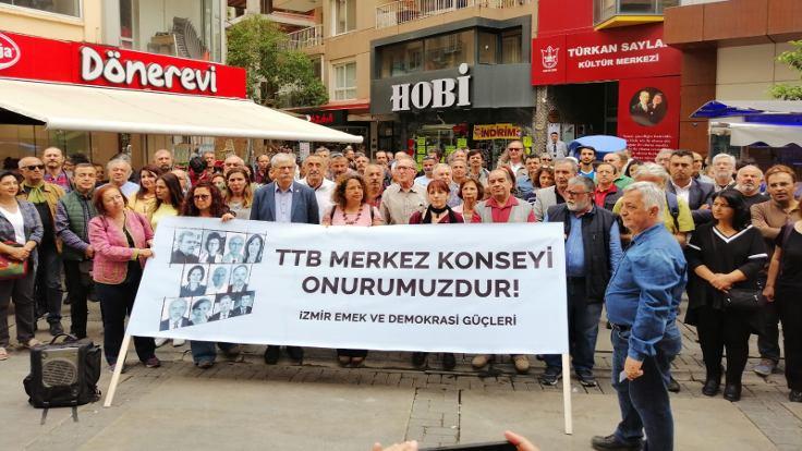 Emek ve Demokrasi Güçleri hekimlere verilen cezayı protesto etti