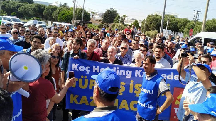 TİS süreci tıkandı, işçiler fabrikaya kapandı