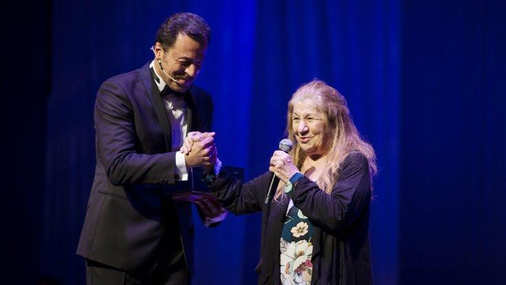 Uçan Süpürge'de ödüller verildi