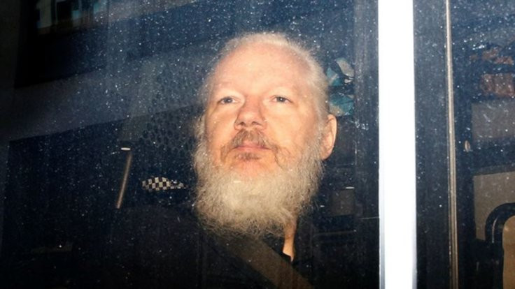 Julian Assange'a 50 hafta hapis cezası