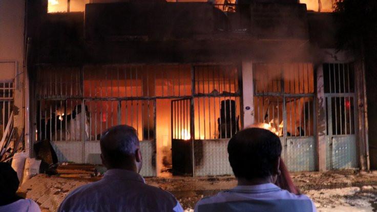 İzmir'de atölye yangını