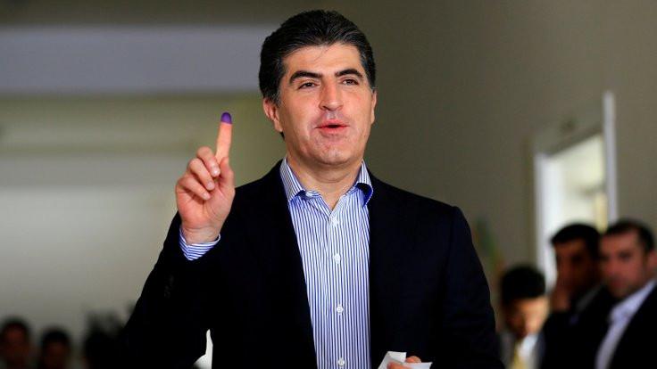 Barzani yemin ederek göreve başlıyor