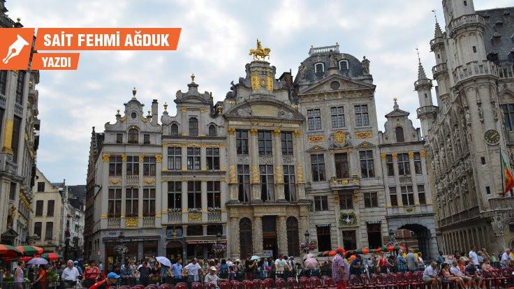 Sanata yamuk Brüksel'e Arnuvo