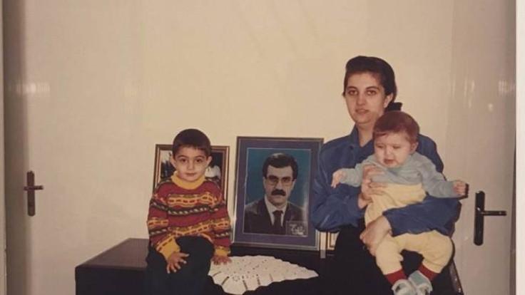 Savaş Buldan'ın kızından aile fotoğrafı