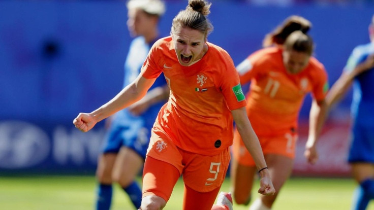 Hollanda yarı finale yükseldi