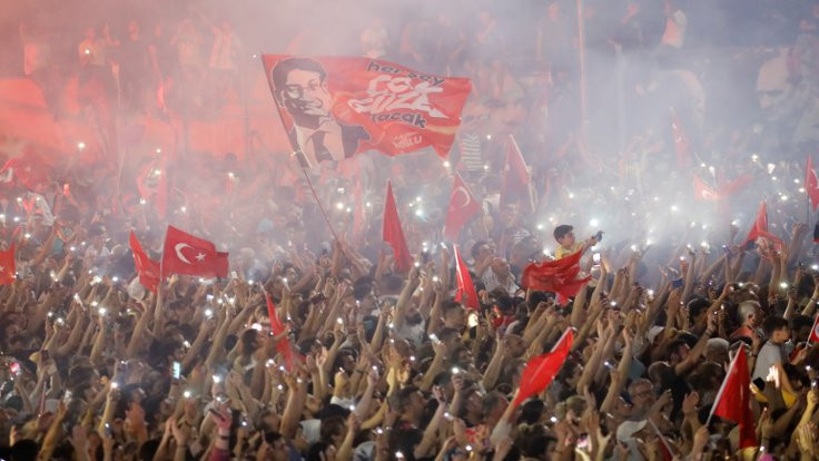'AKP'de bölünme hızlanabilir'