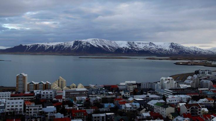 İzlanda bıktı: Like'lamayın artık bizi