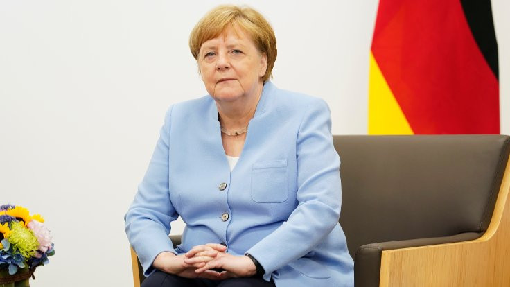 Merkel'den titreme açıklaması: İyiyim
